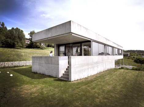 beautiful-modern-concrete-house-1